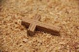 small_olive_wood_cross_anion_5.jpg