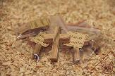 small_olive_wood_cross_anion_8.jpg