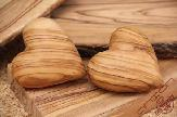 olive-wood-carving-big-heart-anion-olive-wood-factory-8.jpg