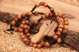 olive-wood-rosary-anion-factory-11.jpg