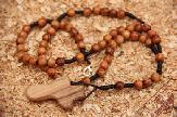 olive-wood-rosary-anion-factory-6.jpg