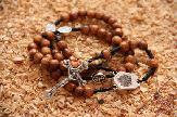 olive-wood-rosary-anion.co.il-8.jpg
