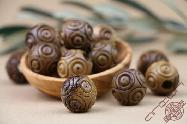 Olive Wood Round Carved Beads 20 mm