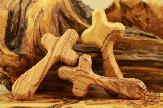 2olive-wood-carved-hand-cross-3.jpg